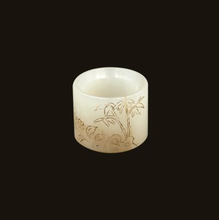 白玉雕花卉竹纹扳指