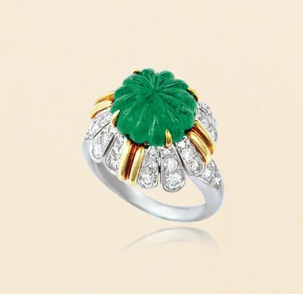 梵克雅宝 Van Cleef & Arpels 祖母绿配钻石古董戒指 约1965年