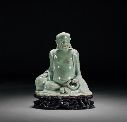元龙泉窑弥勒坐像
