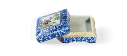 清 乾隆   青花缠枝花卉开光粉彩山水图印泥盒