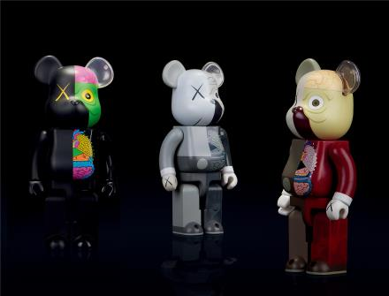KAWS   BEAR BRICK 400%解剖款