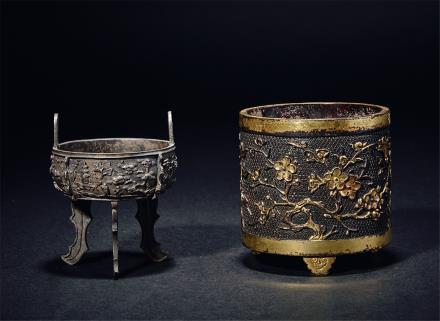 明-清花卉纹鎏金桶式炉及银制三足浮雕炉二件