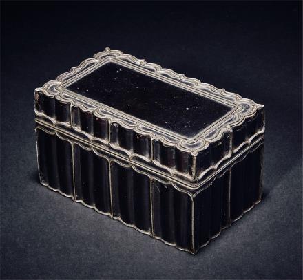 明或更早锡镶黑漆长方盒