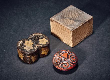 明红剔香盒及莳绘香盒两件