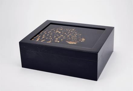 猎豹头钢琴漆雪茄盒  容量50支装