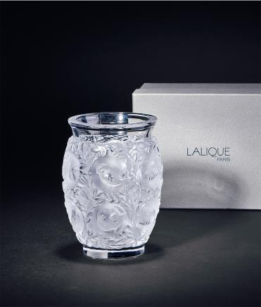 法国莱俪水晶玻璃高浮雕花鸟花瓶