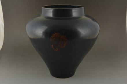 黑釉木叶罐