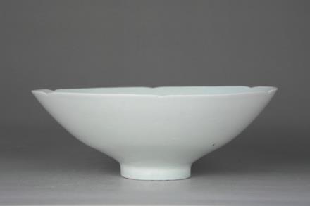 景德镇窑青白釉划花碗