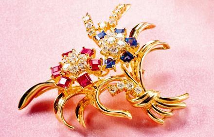 花卉红宝石配蓝宝石钻石胸针