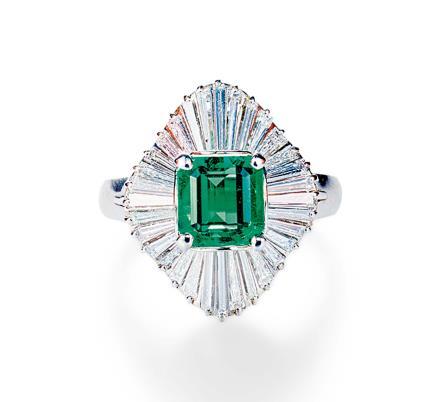 1.30克拉哥伦比亚祖母绿配钻石戒指