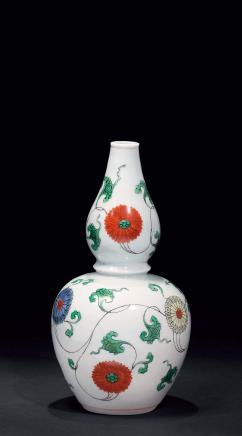 清康熙五彩缠枝花卉纹葫芦瓶