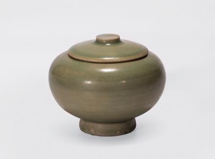 明  龙泉窑香罐