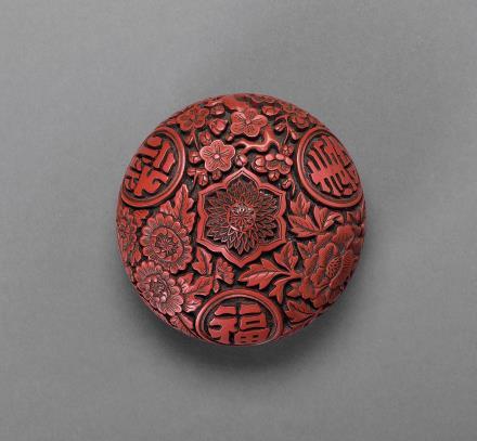 剔红福禄寿花卉纹香盒