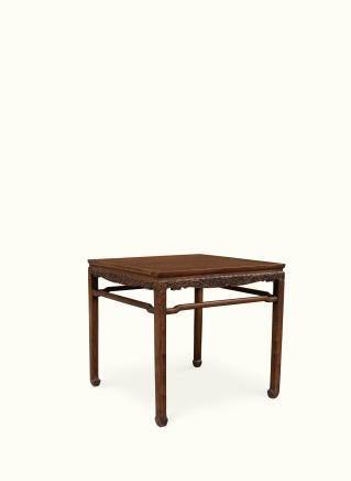 清 黄花梨木龙纹方桌