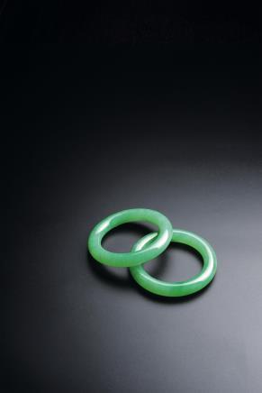 缅甸天然豆阳绿翡翠圆条手镯一对