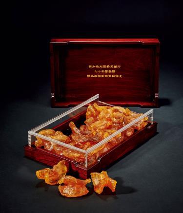 约60年特级鳘鱼鳔鱼胶一盒
