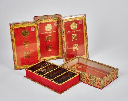 1989年精装东阿阿胶四盒