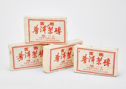 1992年下关茶厂普洱茶砖 4块