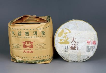 2011年金大益普洱生茶