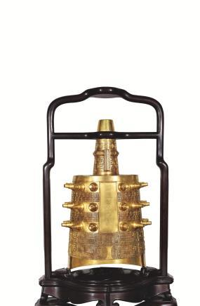 二十世纪铜鎏金编钟