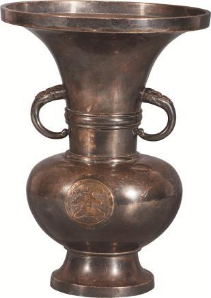 清 纯银花瓶