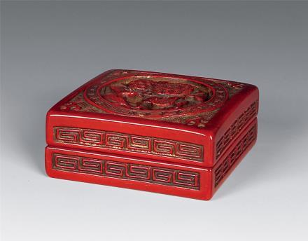 乾隆 三多纹剔漆方型香盒