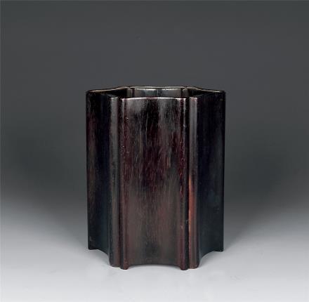 清 紫檀花口笔筒
